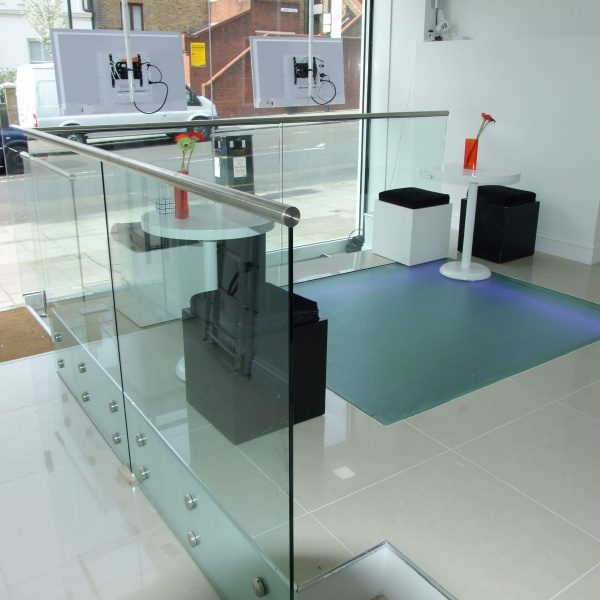 Glass balustrades, photo: 76